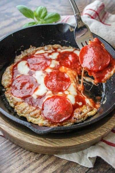 Keto and Low Carb Pepperoni Pizza (Egg Pizza Recipe)