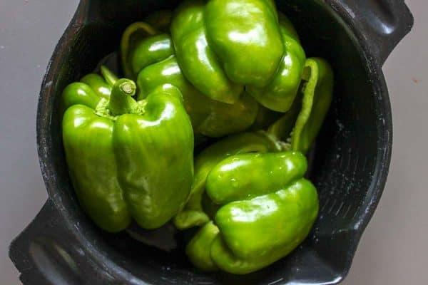 Taco Stuffed Bell Peppers (Keto Stuffed Peppers)